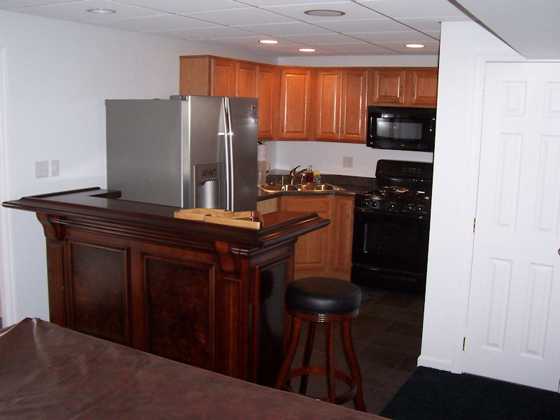 Good Another Beautiful Basement Kitchenette With Portable Bar Unit